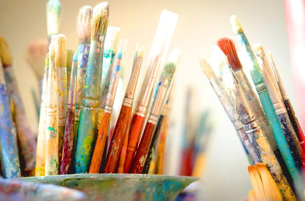 Beginners Painting In Person with Mavis Liggett